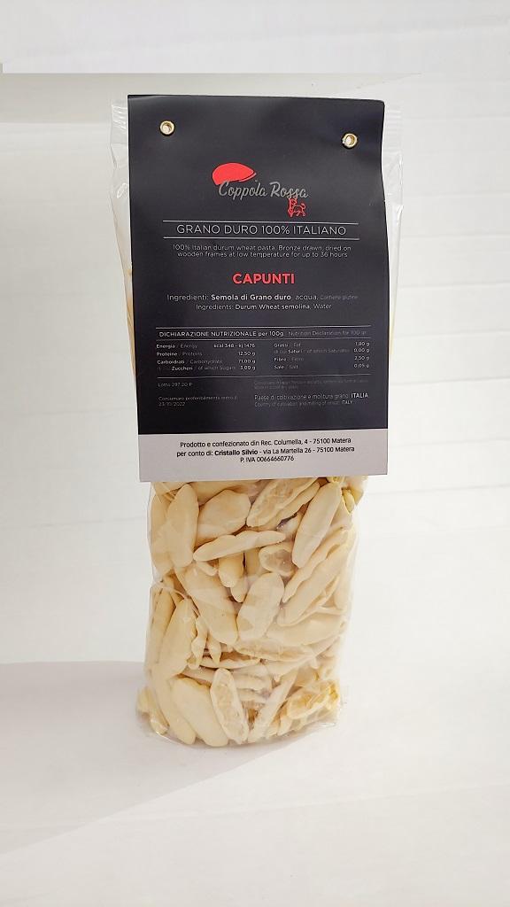 Pasta Coppola Rossa Capunti 500 gr Pasta di Grano duro 100% Italiano. Trafilato al bronzo. Essiccato su telai di legno a bassa temperatura fino a 36 ore.